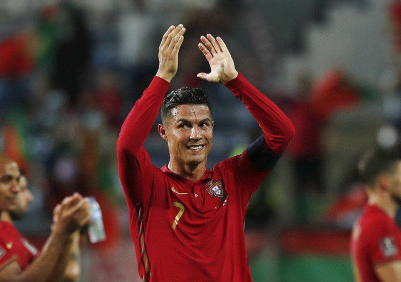 世界上最偉大的足球員確定!牛津大學教授用專門演算法得出最終答案!